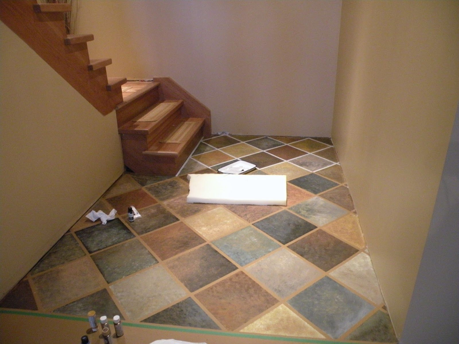 Diy Painted Concrete Floors This Is A Cool Pattern Diy Painted Concrete Flooring We Get A