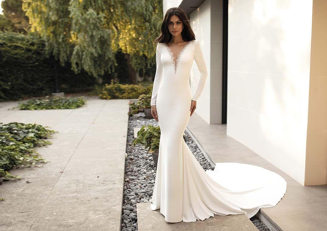 pronovias goddess - elettra - betti b. | couture bridal