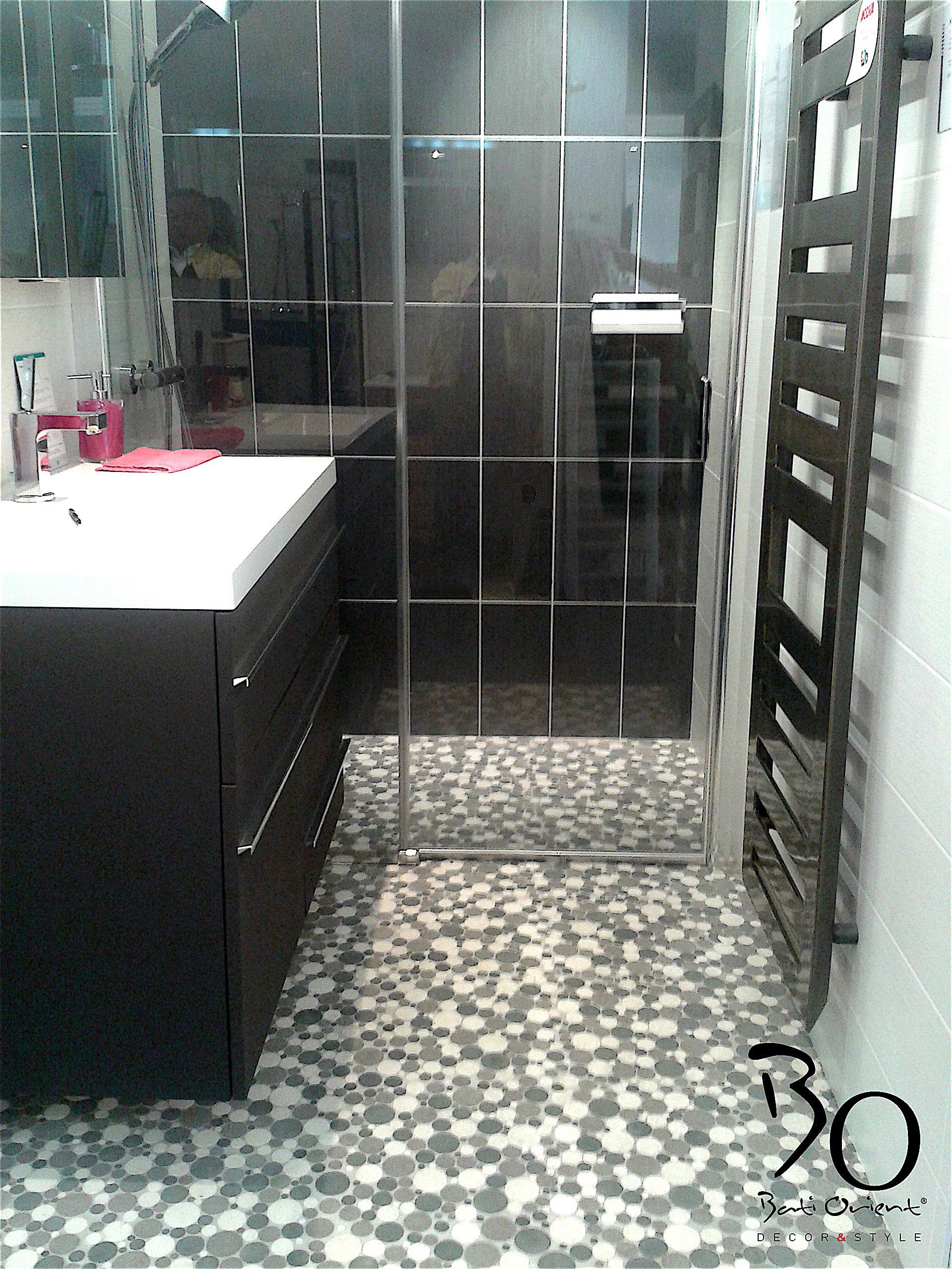 batiorient propose un sol de salle de bain en mosaïque ronde ...