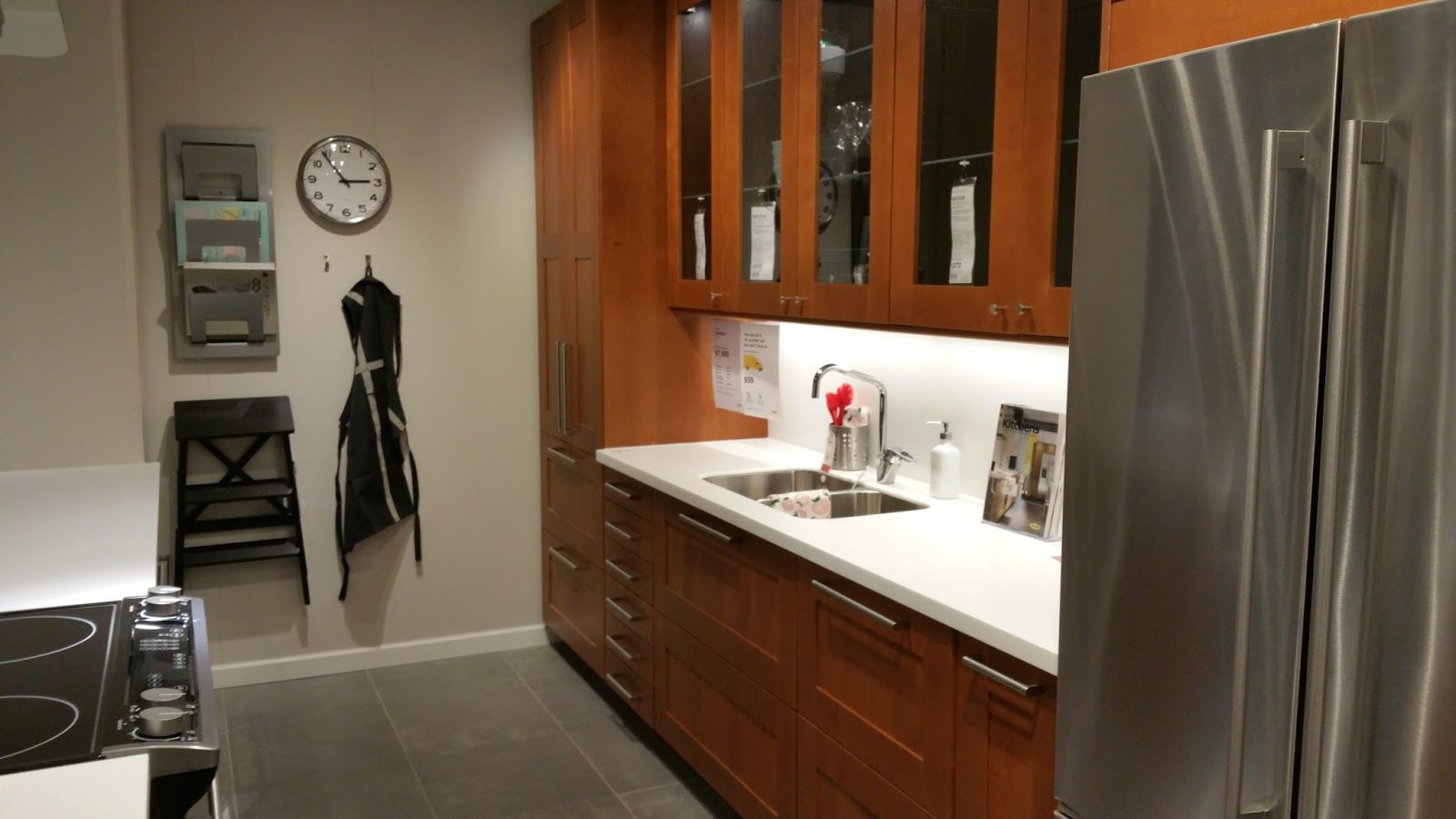 Best Sektion Launch Brown Kitchens Kitchen Renovation 640 x 480