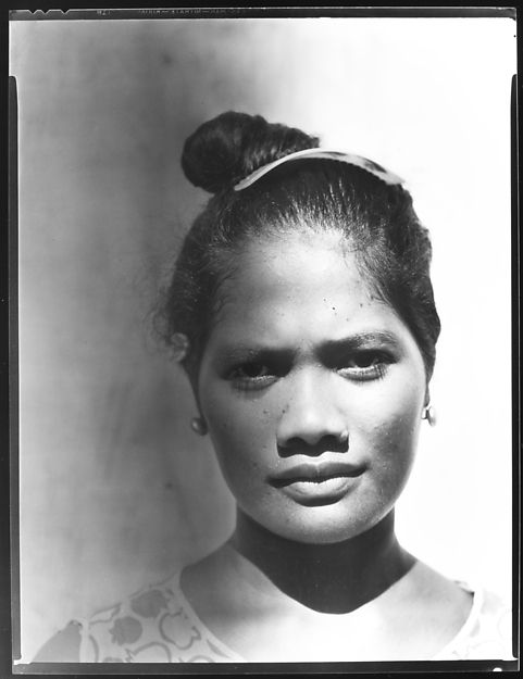 Walker Evans - South Seas: Female Portrait (1932)