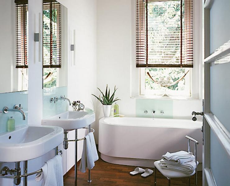 Mediteranes Flair ganz ohne Fliesen | Apartment | Badezimmer ...