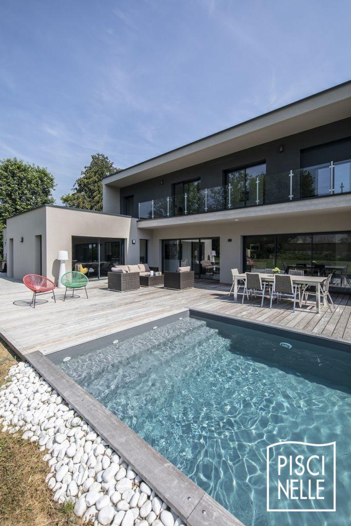 Epingle Par Manon Dgp Sur Deco En 2020 Piscine Amenagement Paysager Amenagement Jardin Terrasse Piscine Piscine Et Jardin