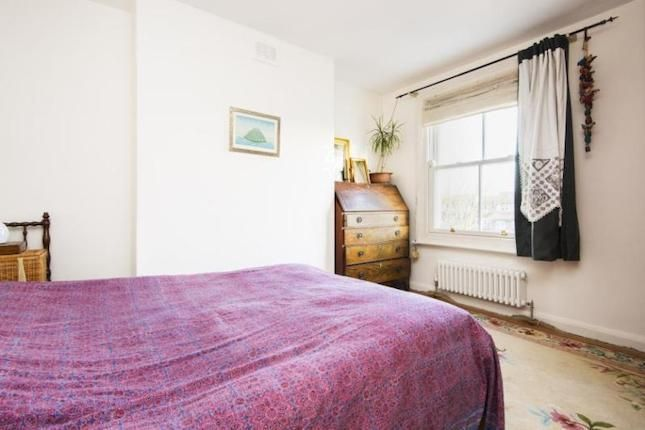Bedroom Property For Sale In Gillies Street London NW - Gillies bedroom furniture