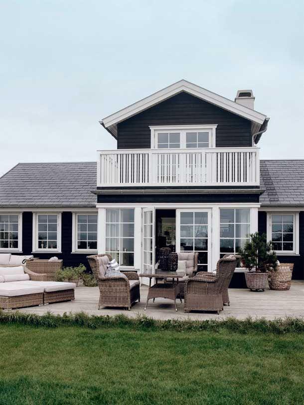 Bolig: Moderne sommerhus helt tæt på kysten | Femina
