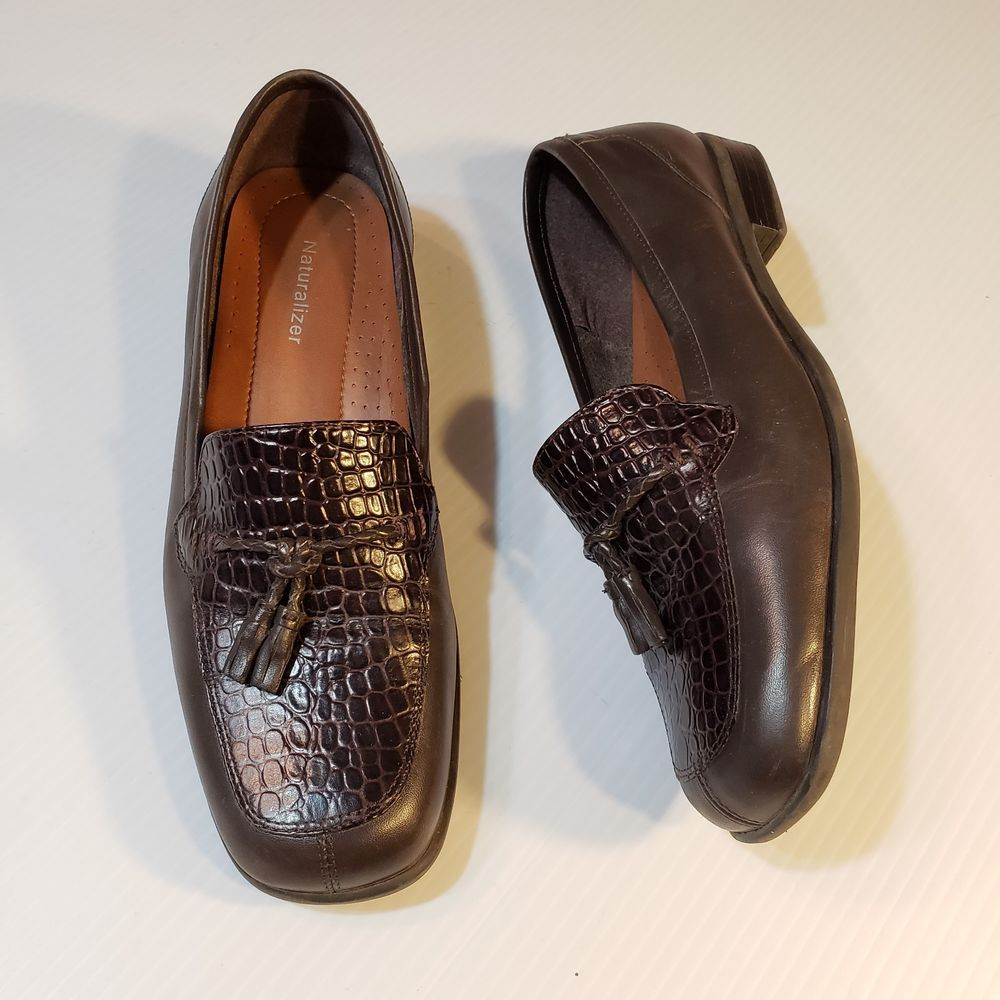 6560636bf554 Naturalizer Womens Brown Leather Tassel Loafers CrocEmbossed Size 9M   Naturalizer  Loafers  WeartoWork