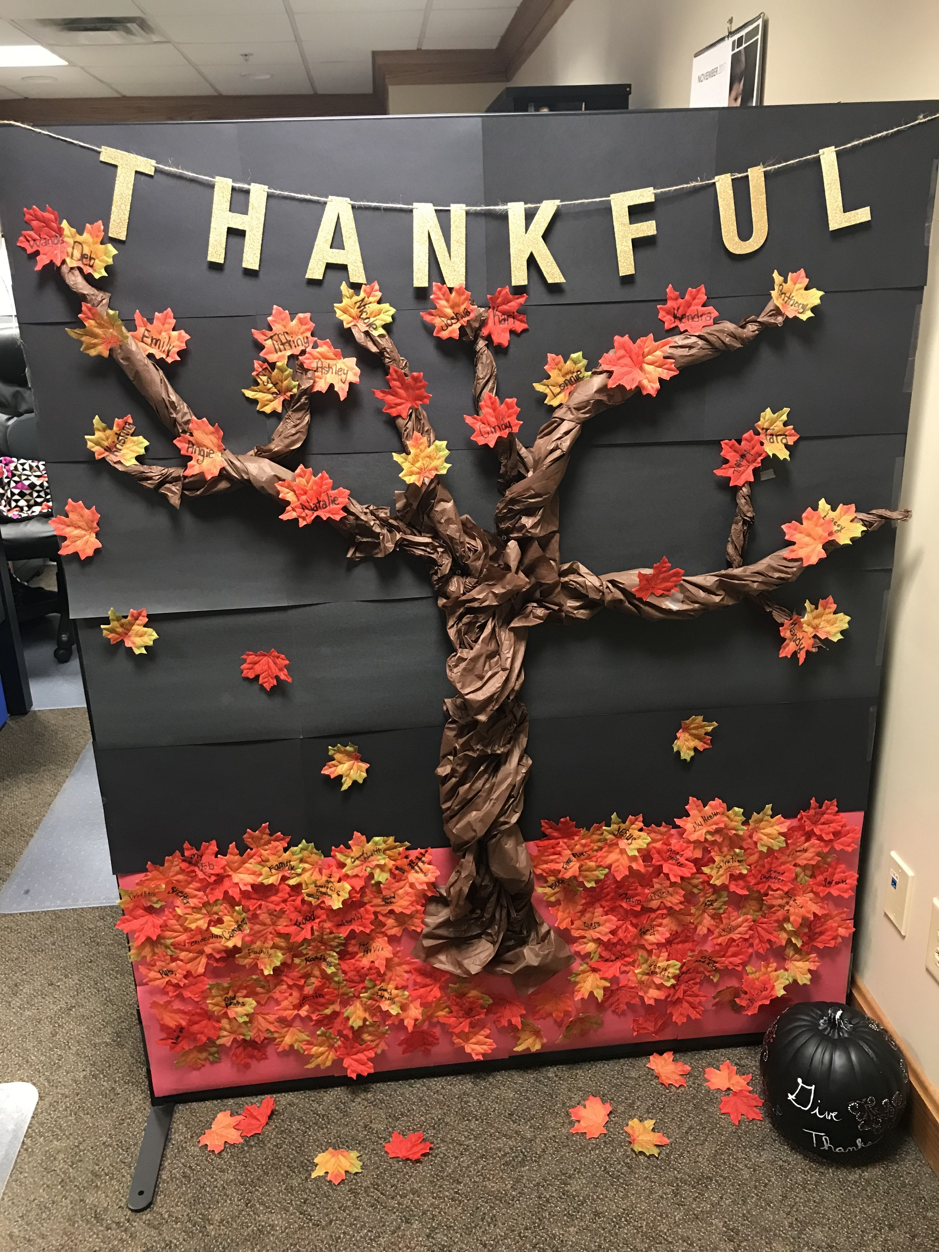 marvellous thanksgiving office decorations | The Thankful Tree | Thankful tree, Fall decor, Office decor