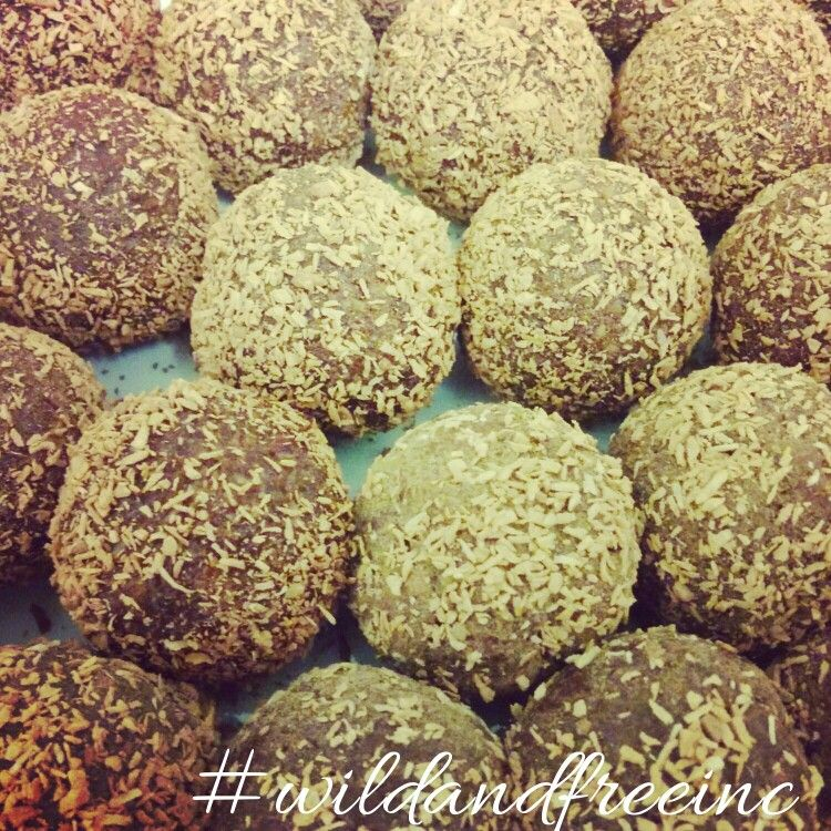 Wild & Free Inc is going bananas Choc banana bliss balls that is! #nutritious #delicious #healthy #clean #raw #organic #paleo #celiacfriendly #glutenfree #dairyfree #fuel #gym #workout #refinedsugarfree #snack #yum #wild #free #wildandfreeinc #wildandfreefoods