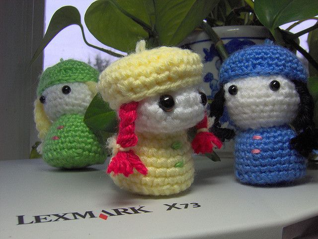The Ogilvy Sisters free amigurumi crochet pattern by Suncatcher Craft Eyes, via Flickr
