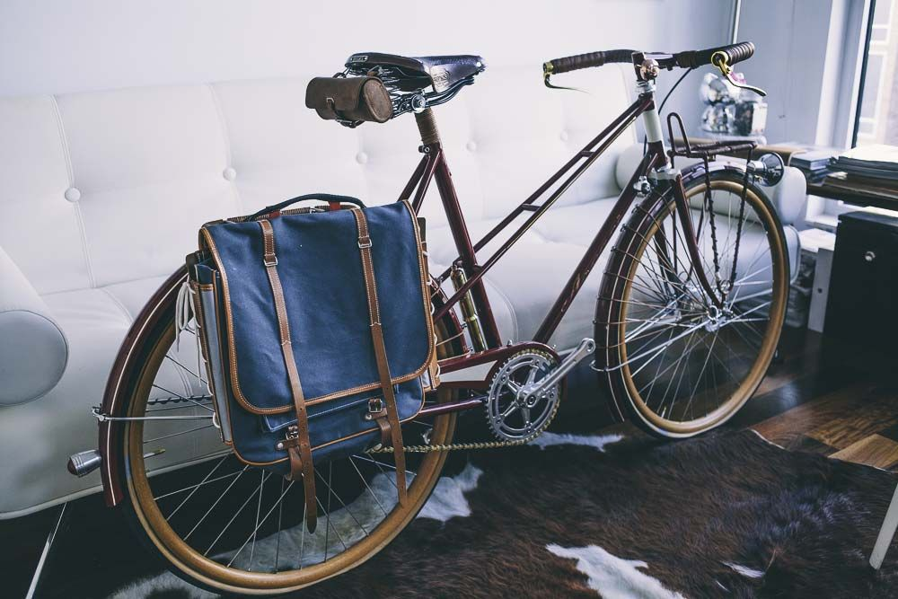 Ascari Bicycles: Handcrafted bicycles crafted with steel and leather.  http://www.stylenochaser.com/article/helio-ascari-bespoke-bicycles