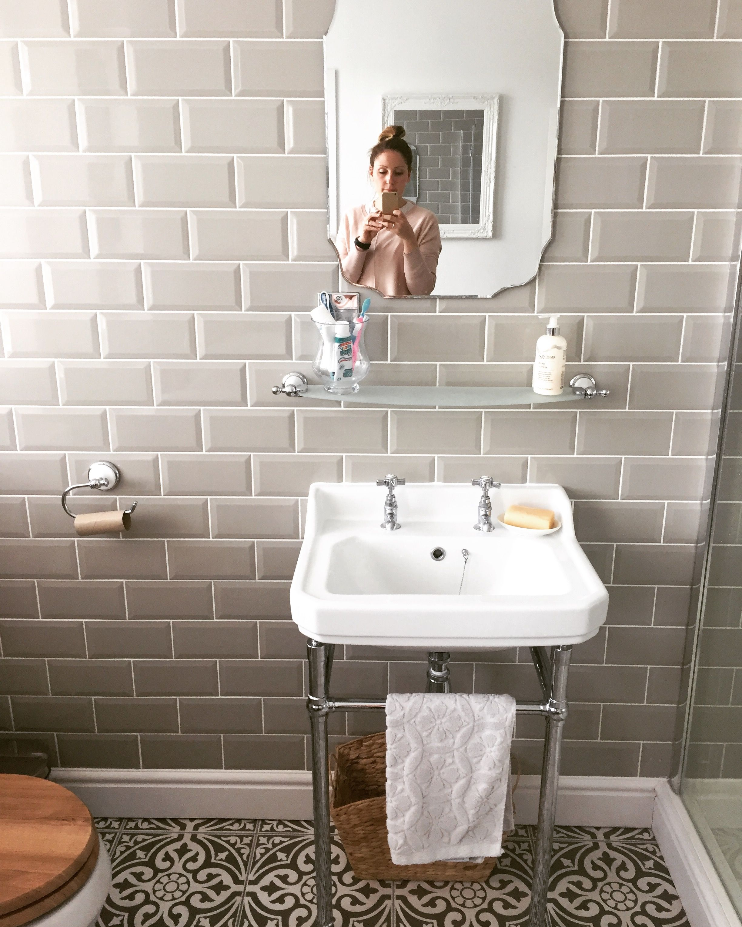 Victorian plumbing grey metro tiles bathroom dunelm - Metro fliesen bad ...