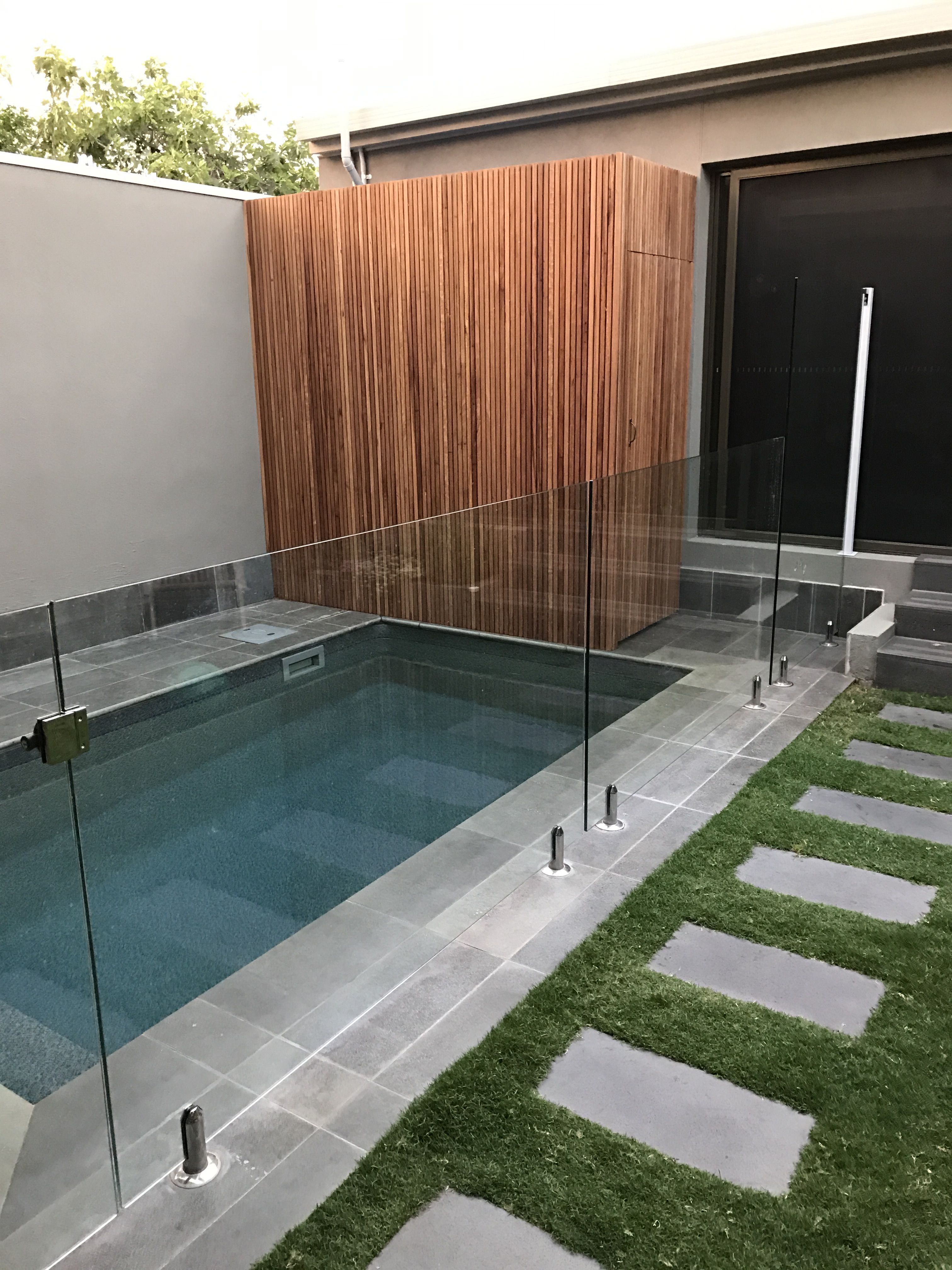 Pool equipment enclosure screen Wood Blackbutt ecotimber small pool ...