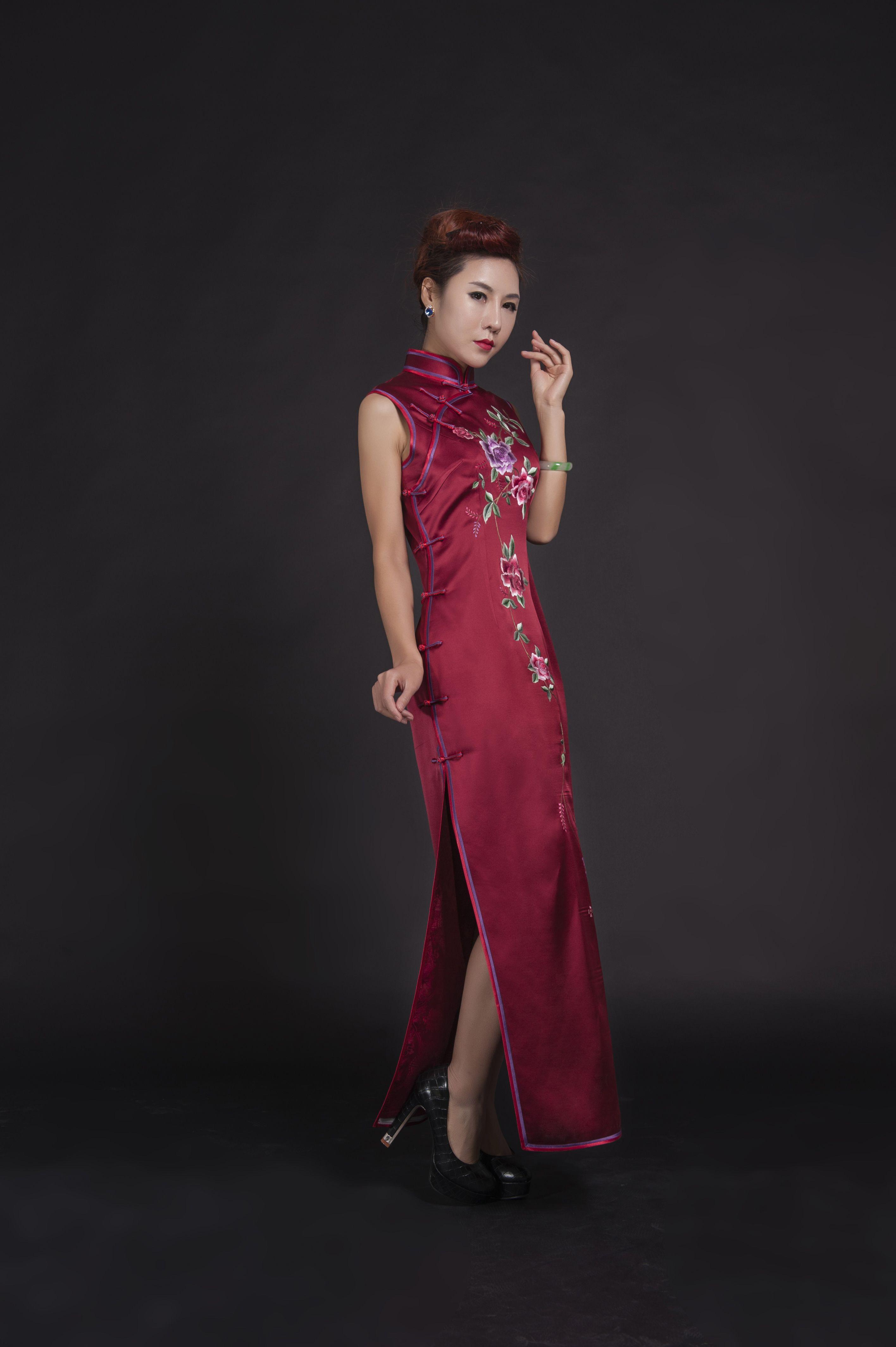 Cheongsam Qipao Modern Fashionable Qipao Modern Fashion Formal Dresses [ 4256 x 2832 Pixel ]