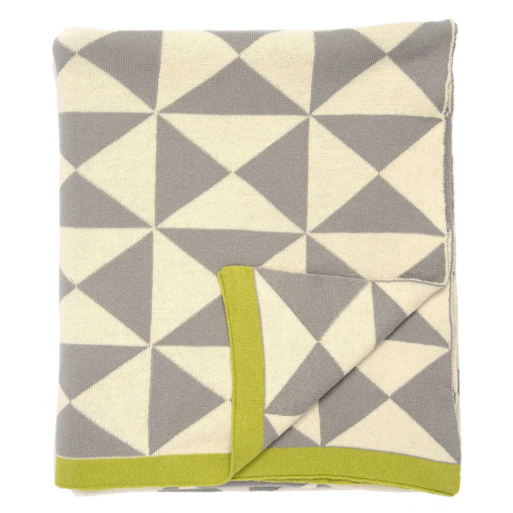 the gray wind farm patterned throw  filtar och bondgårdar - a chic  cotton woven throw blanket in gray white and grass green from