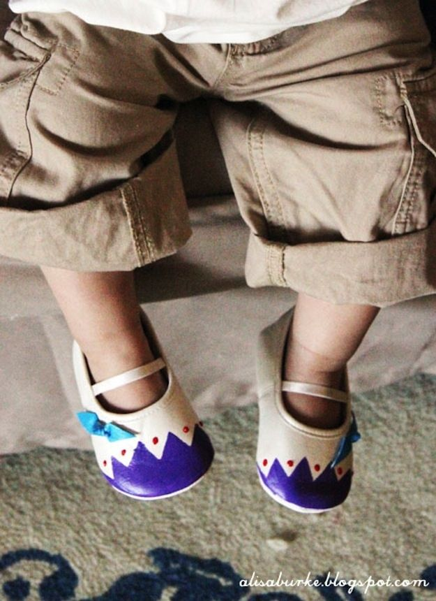 Festive Baby Shoes | 29 Easy And Adorable Things To Make For Babies