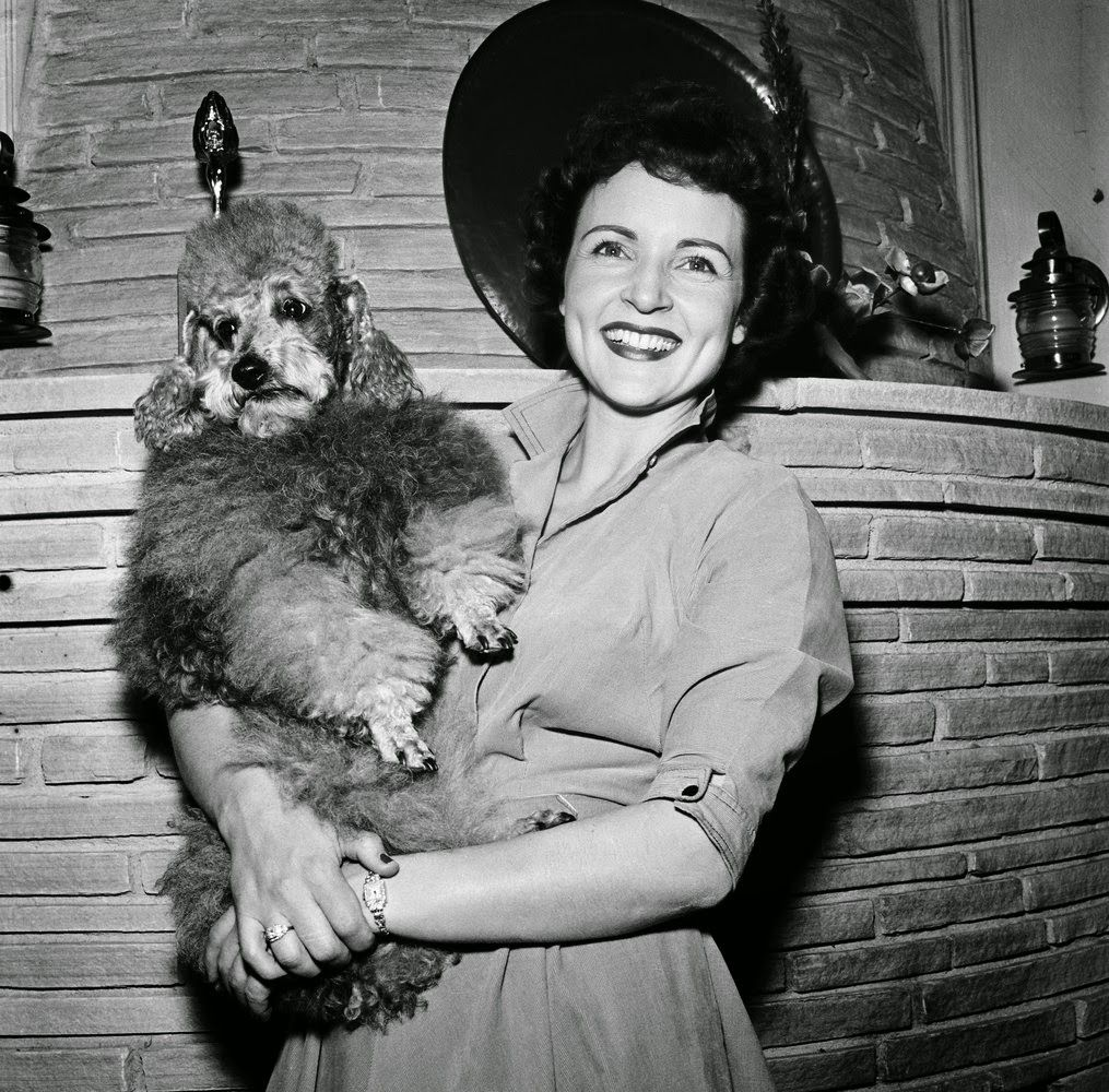 vintage everyday: 35 Rare and Fabulous Vintage Photos of Betty White