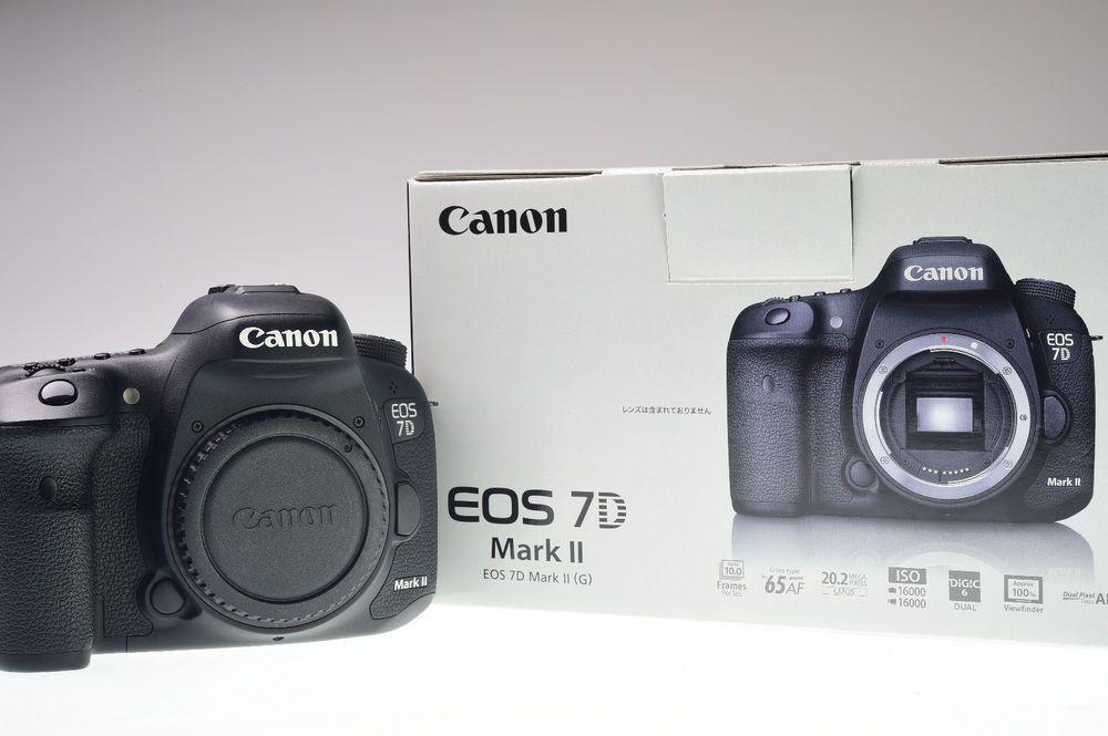 Canon Eos 7d Mark Ii Body 20 2mp Digital Camera Shutter Count 13657 Excellent Canon Eos Eos Garmin Watch