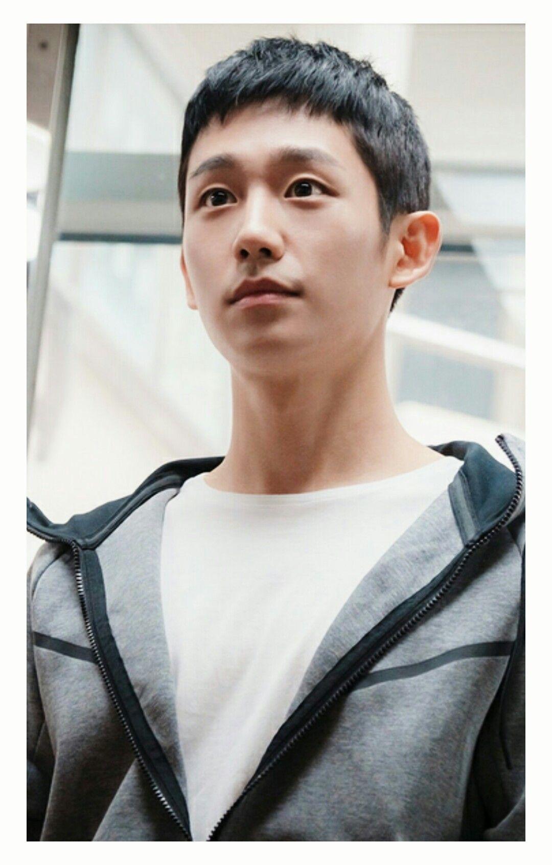 Jung Hae In | 짧은 머리 스타일 남자, 남자 머리, 남자 짧은 머리