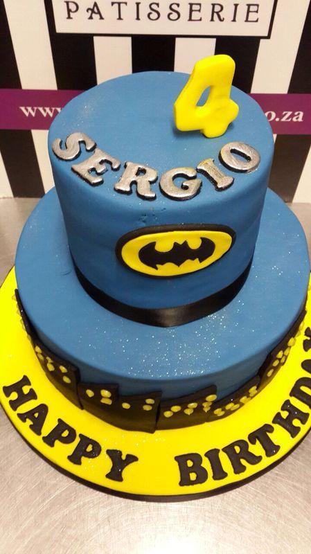 The perfect Batman cake - Belle's Patisserie