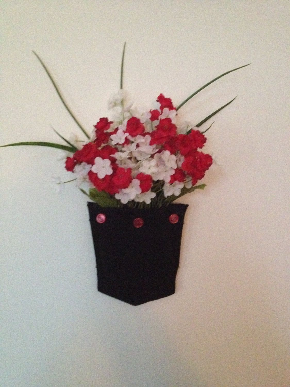 Black and Red Wallflower, Wall Decor, Door Hangers, Kitchen Decor ...