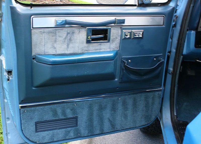 1986 Chevrolet Silverado C 10 Mjc Classic Cars Pristine Classic Cars For Sale Locator Service Chevrolet Silverado Chevrolet Chevy Trucks