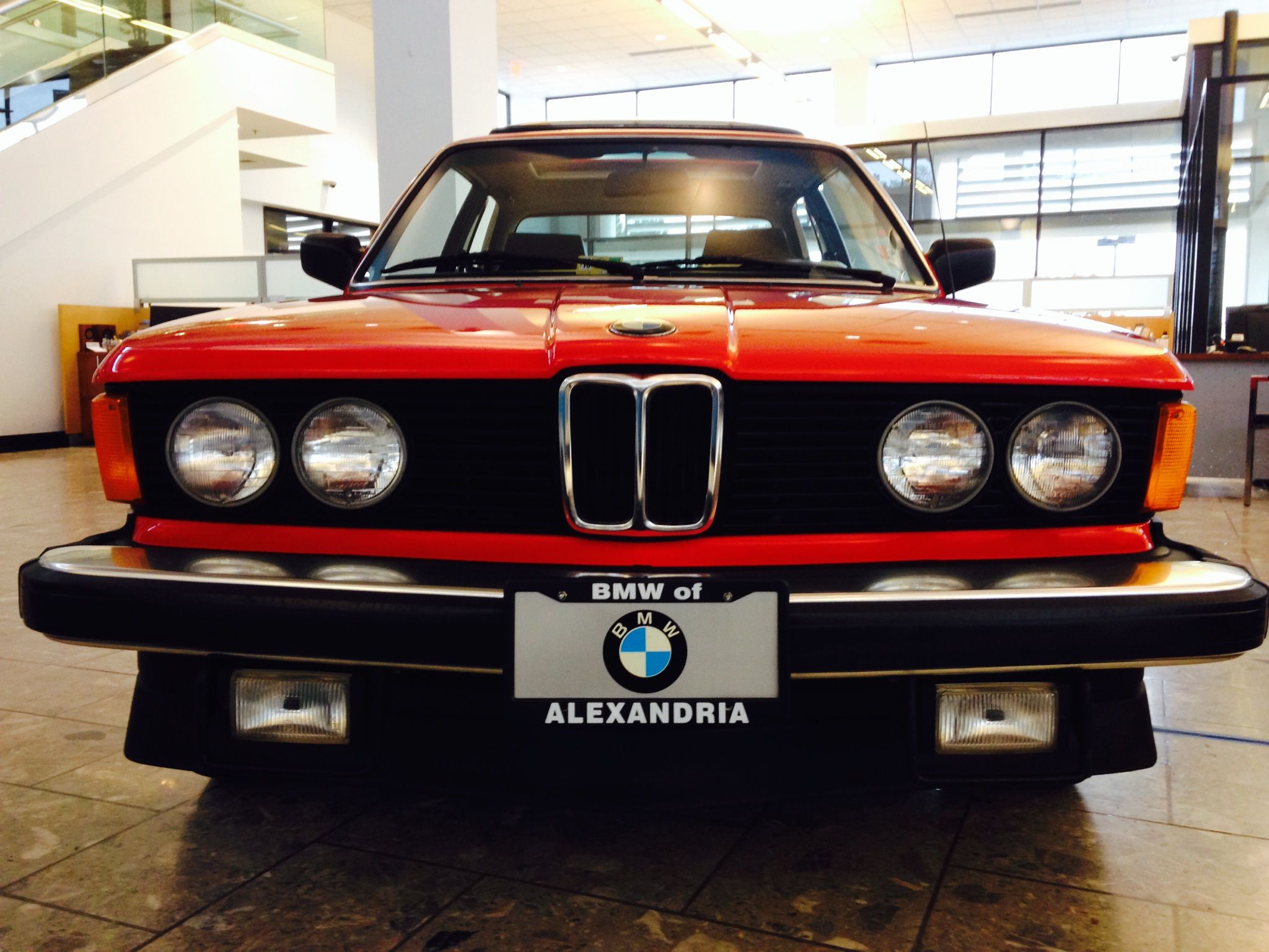 OLD SCHOOL! Classic BMW 1982 320i Red What a beauty ...
