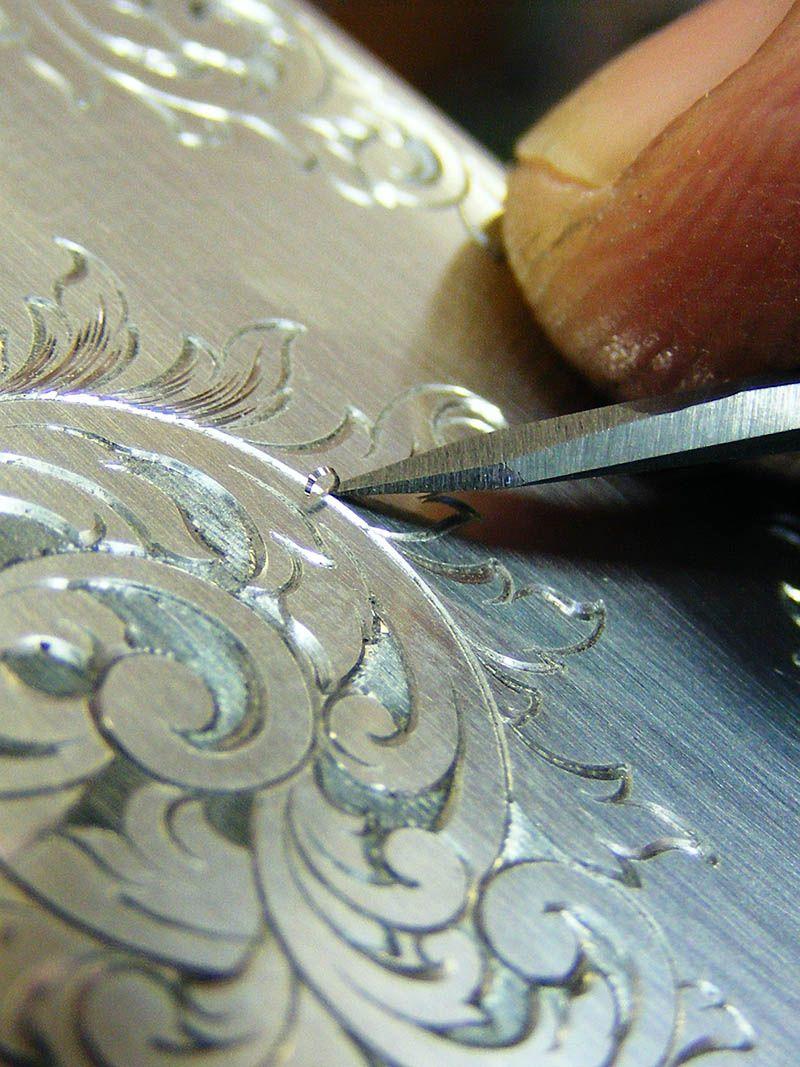 Engraver barry lee hands usa metal engraving hand