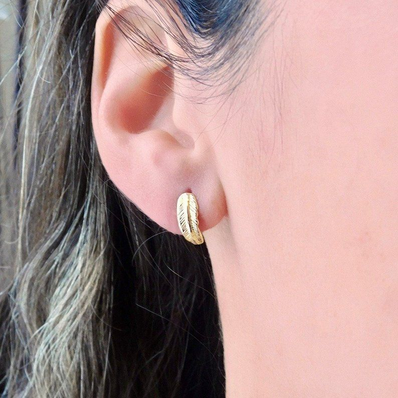14k Gold Feather Stud Earrings Etsy Feather Stud Earrings Stud Earrings Gold Feather Earrings