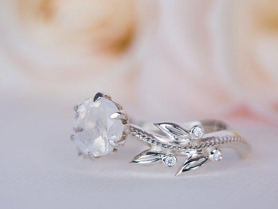 Quality Gold Wedding Ring 8196 Goldweddingring Vintage Style Engagement Rings Moonstone Engagement Ring Vintage Engagement Rings