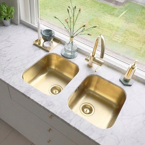 HOW TO CLEAN A SMELLY SINK DRAIN Sink drain, Sinks and Household