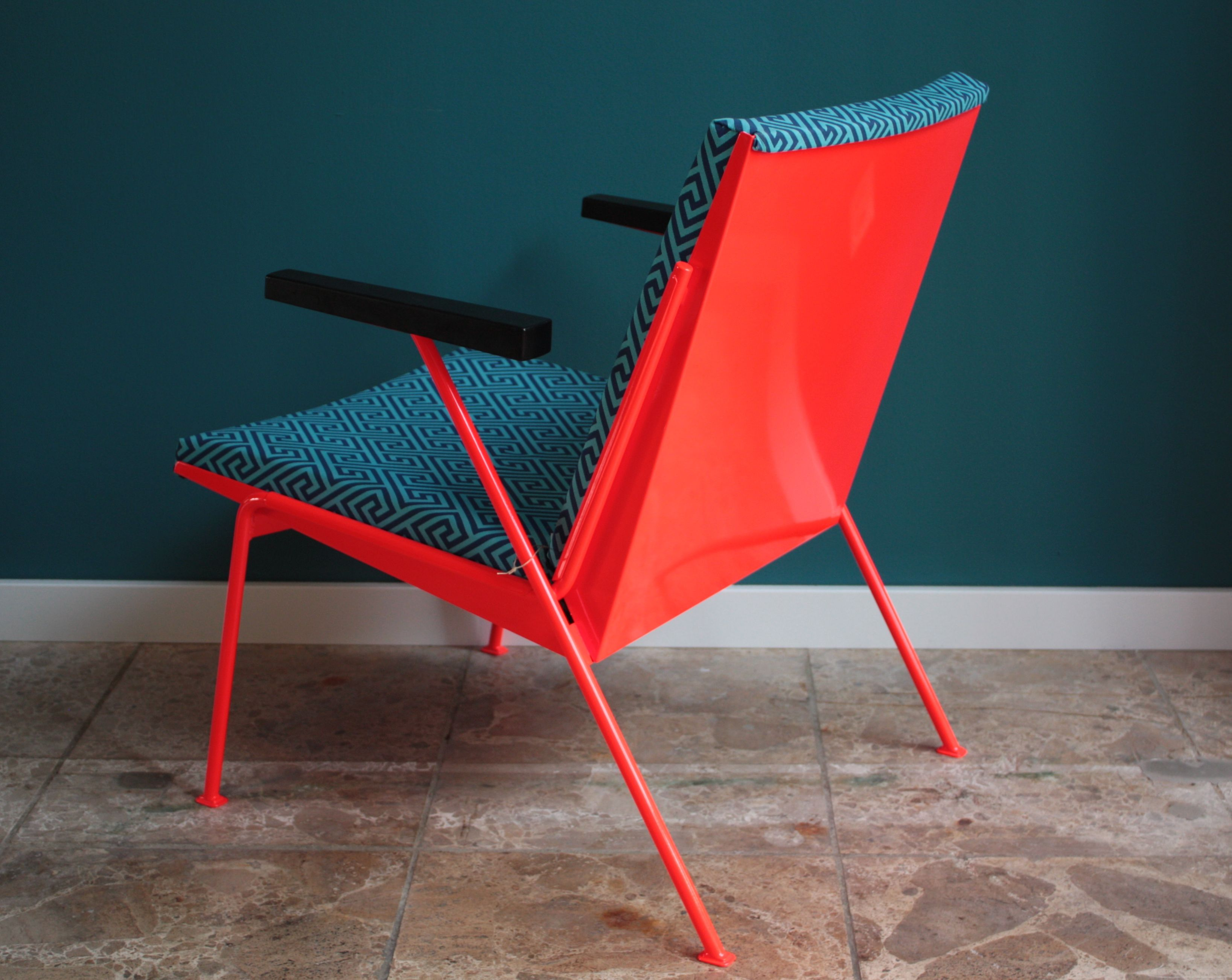 Wim Rietveld Oase Lounge Chair Produced By Ahrend De Cirkel In  # Muebles Corotos