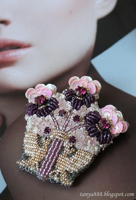A handmade brooch by Tatiyana Belikova