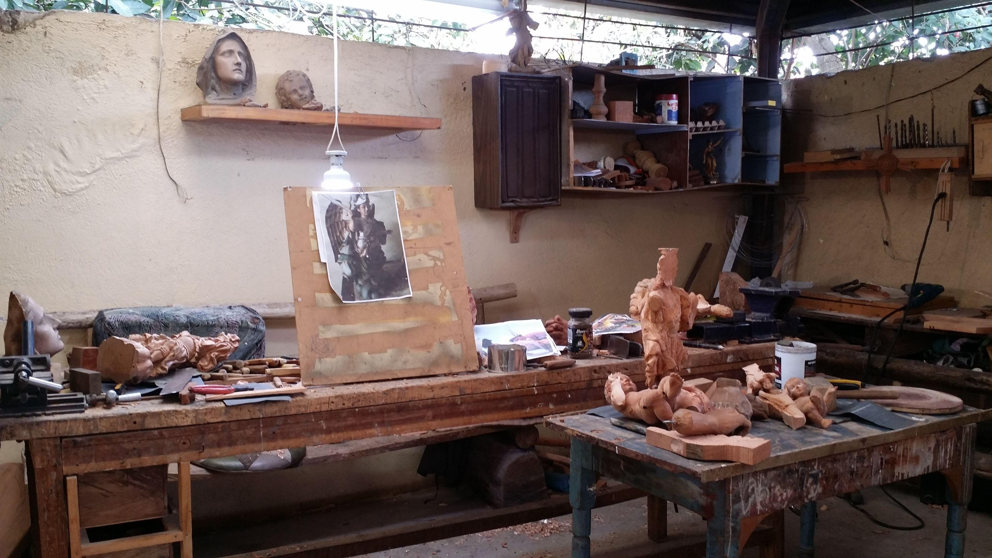 Ecuador diaries wood carving steemit wood
