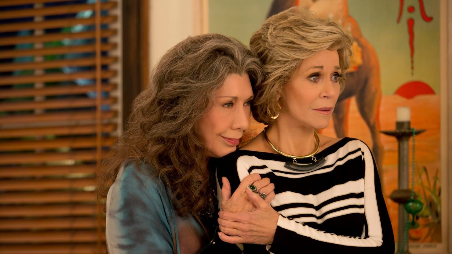 jane fonda hairstyles in grace and frankie