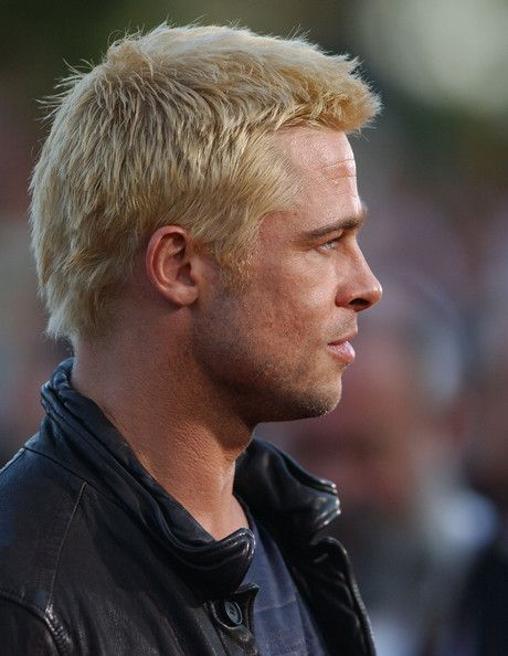 Brad Pitt Photos Photos La Premiere Of Mr Mrs Smith Brad Pitt Brad Pitt Photos Brad Pitt Haircut
