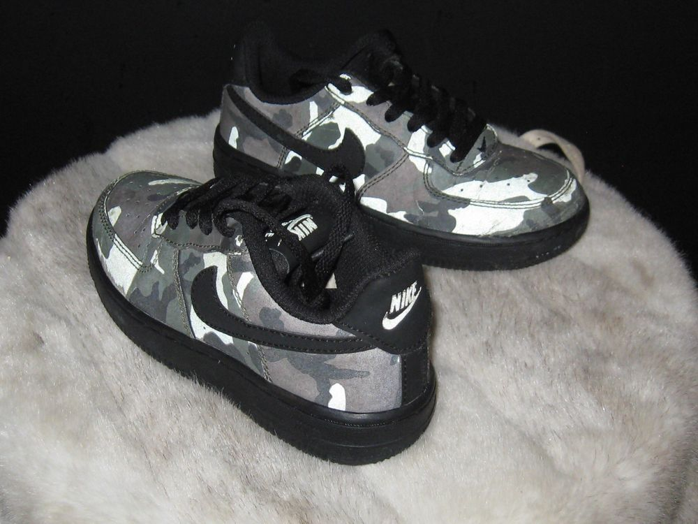 d814fdae893 Boys Nike Air Force 1 Low Sneakers Sz 11C Camo/Black PS 874379 201 ...