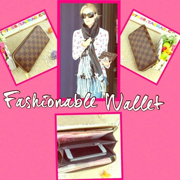 🎉SALE 🎉 👝 Brown Checkerboard Women's Clutch 👝 👝 Soft PU Leather Clutch buckle Wallet. Holds 12 Cards,💳 Inside Zipper and Slots for 💸Cash and/or Phone 📱 Bags Clutches & Wristlets