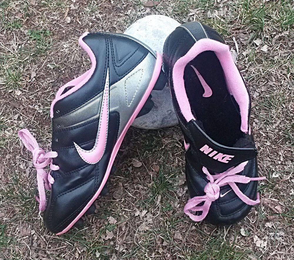Nike Girl Black Pink Soccer Baseball