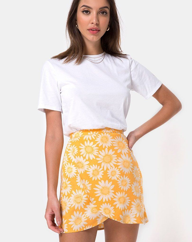 8ae7a7718f Saika Midi Skirt in Floral Field Green by Motel in 2019 | SS19 | Midi skirt,  Skirts, Floral