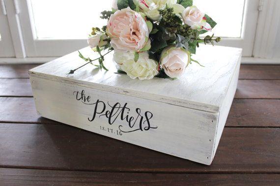 Rustic Wedding Cake Stand, White Wooden Cake Stand, Wedding Decor, Vintage  Wedding,