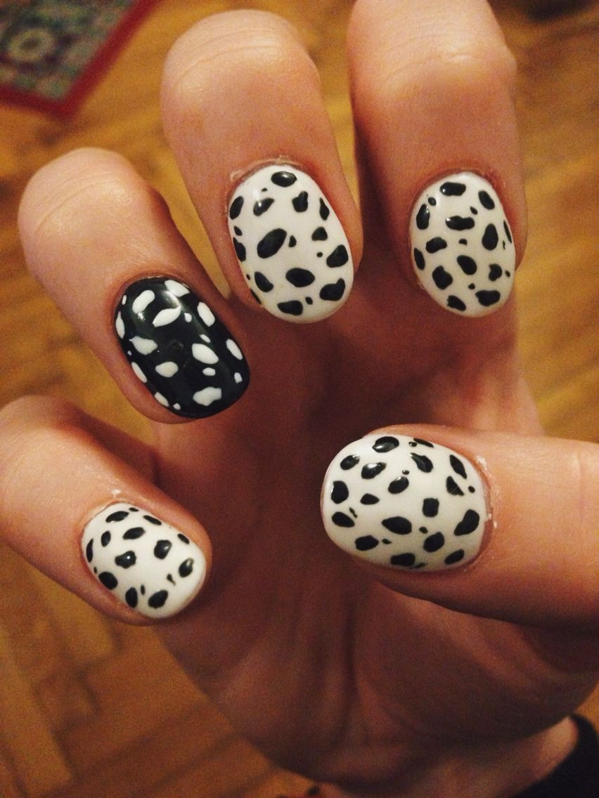 dalmatian nails *.* #nails #nailart #dalmatian #black #white #summer ...