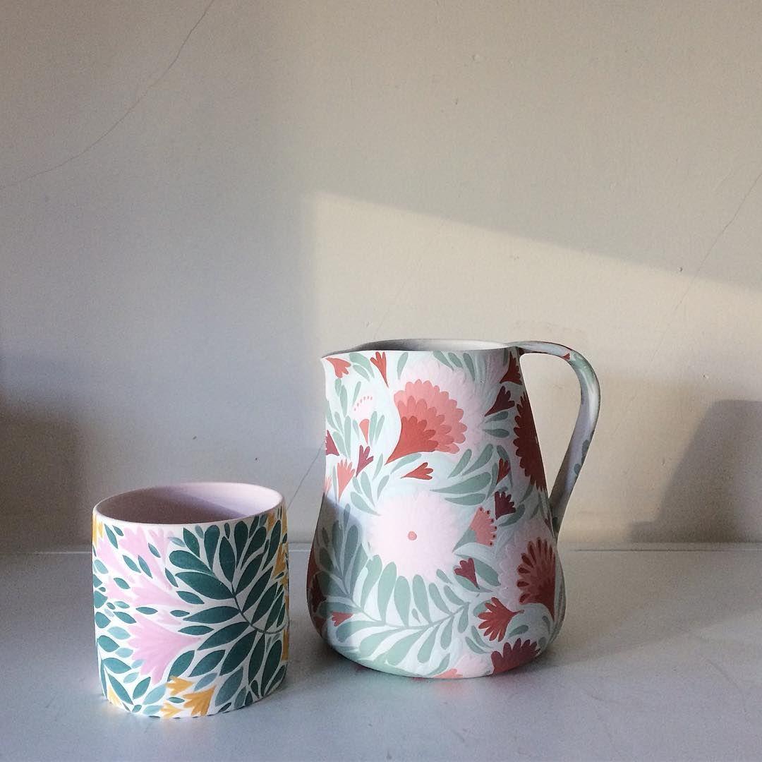 My sister asked me what would be fun. Pitchers are fun, so I made one ✌🏼🍹 . . . . #anastasiatumanova #botanicalceramics #ceramics #keramik…