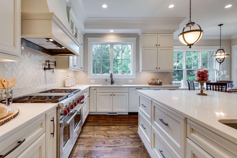 Classic Cottages White Kitchen Quartz Counter Tops