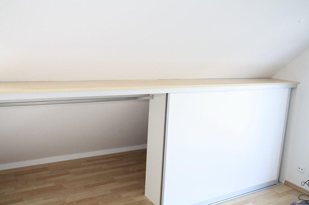 einbauschrank vor die dachschr ge gebaut mit kleiderstange dachschr ge dachschr ge schrank. Black Bedroom Furniture Sets. Home Design Ideas
