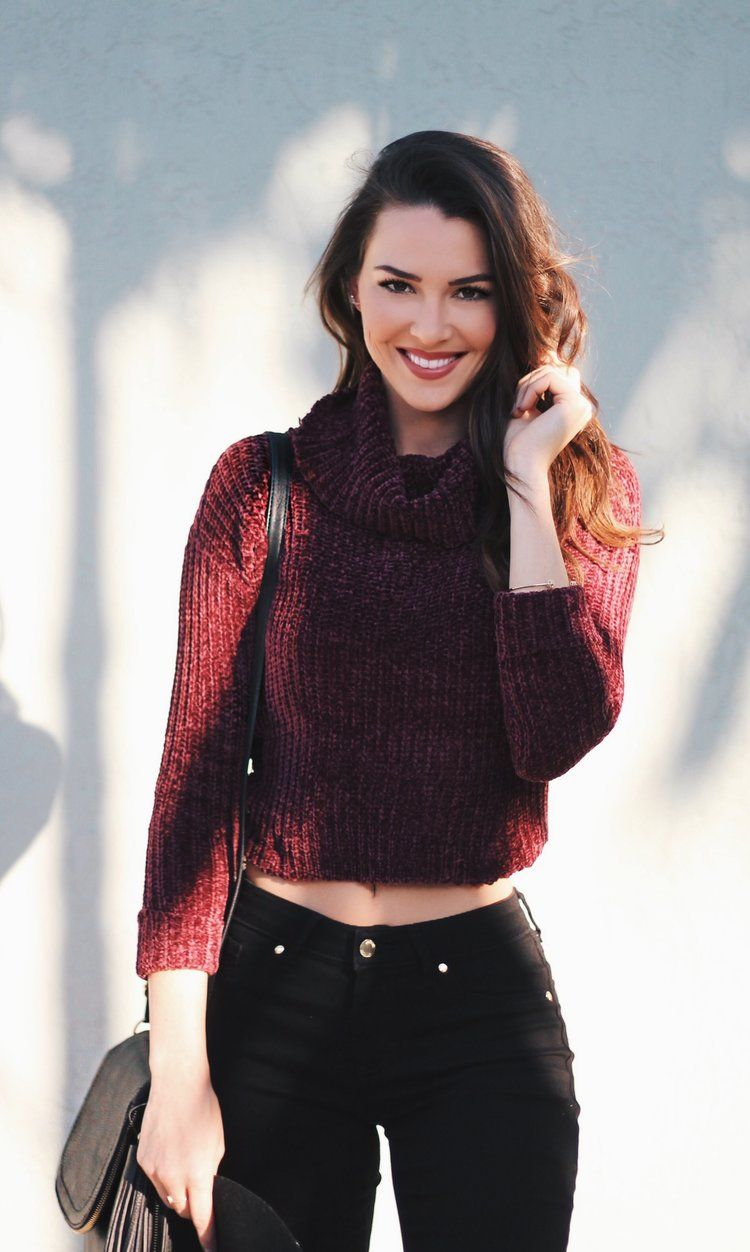 d0bf96be94d71b Jen Saviano wearing an LC Lauren Conrad for Kohl s Cropped Cowlneck Sweater