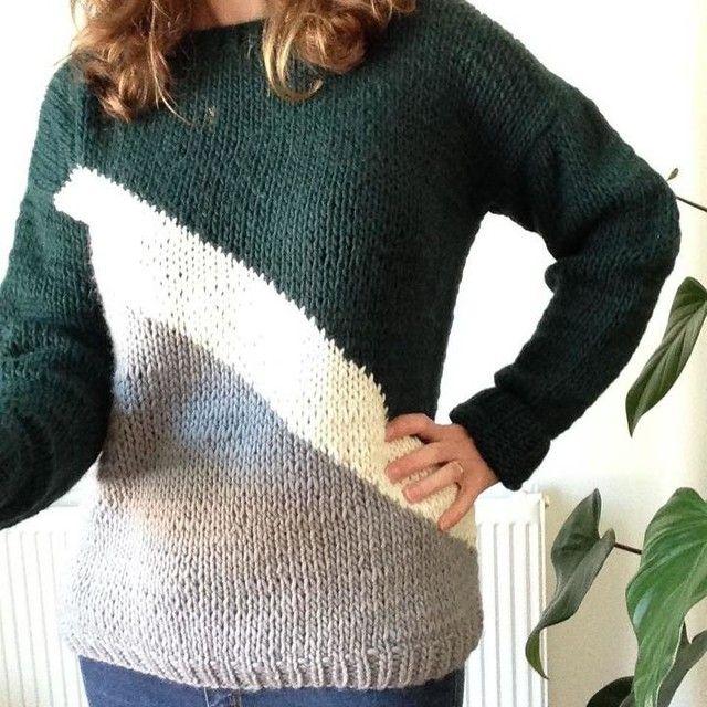 #knittingsweater #knit #knitwear #weareknitters