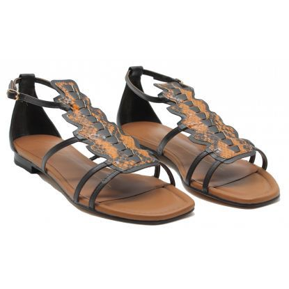 CHAUSSURES - SandalesBY A. XRTanYz