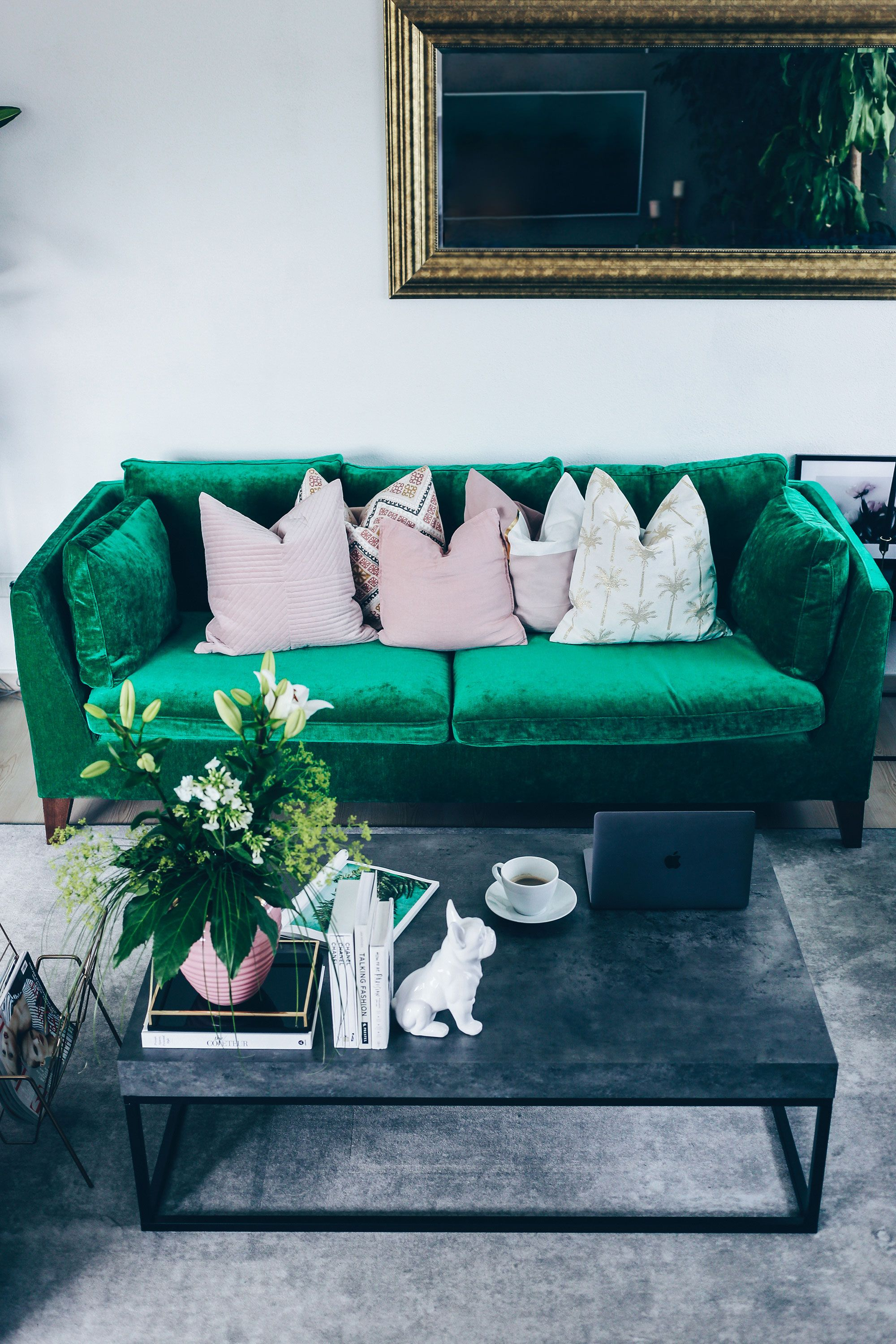 Blogger Who Is Mocca Updated Her IKEA Stockholm Sofa With A Bemz Cover In  Emerald Zaragoza