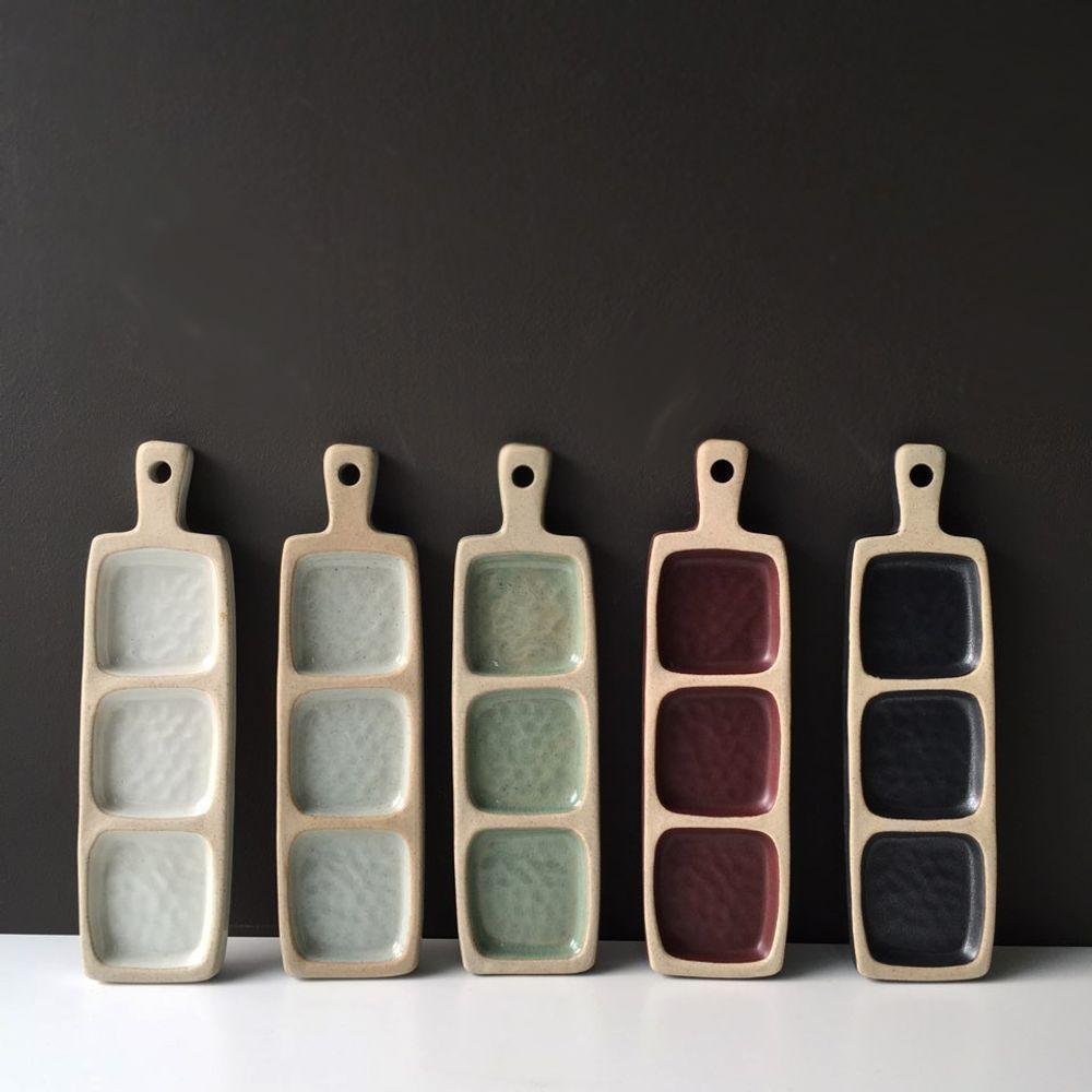 Icheon Ceramic Master :  KIM Pan-ki - Tea / coffee accessories - ICHEON CERAMIC - Sandstone - Porcelain - Ceramic | MOM #slabpottery Vassoi antipasto #ceramicpottery