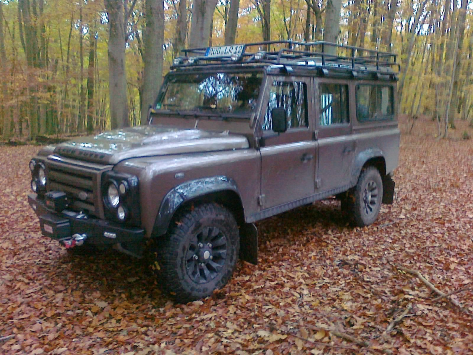 Land Rover Defender 200tdi 110 Station Wagon Communications Truck